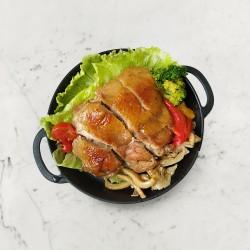 柚肉和風醬&果醋_醬燒雞腿排佐菇菇